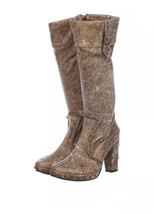 Високі чобітки на підборах miss  ідеальний стан