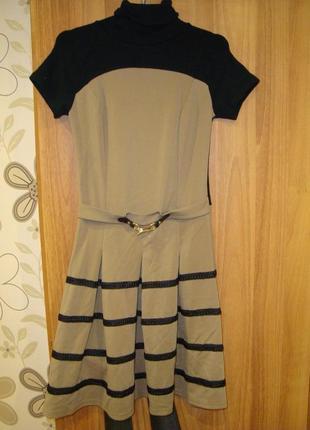 Нарядное тёплое платье медини