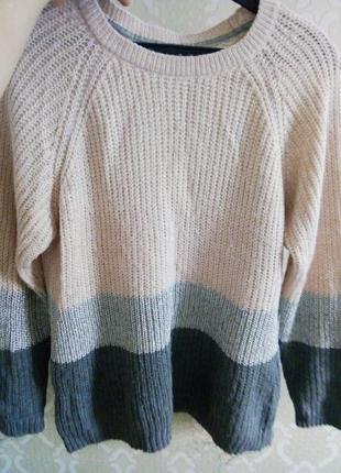 Нежный свитер цвета пудры 16р.