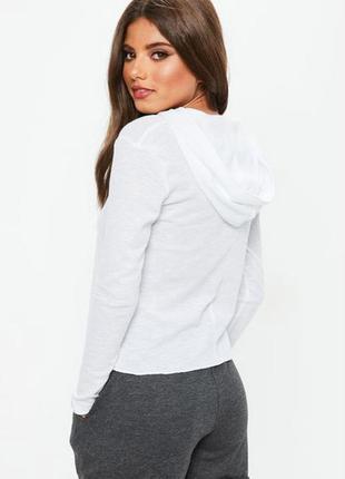 Красивая белая кофта с капюшоном худи missguided
