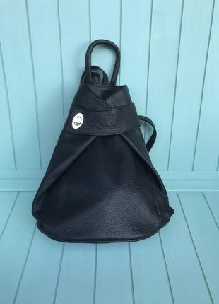Женский кожаный итальянский рюкзак черный жіночий шкіряний італьянський ранец чорний
