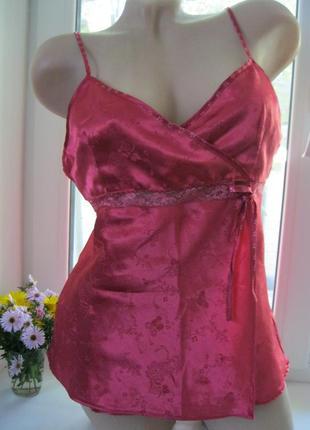 Красивая майка для дома и сна розовая атласная с кружевом