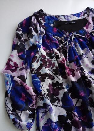 Супер красивая блуза в цветочный принт