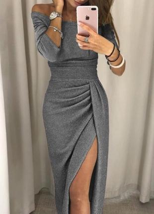 Невероятное платье из мерцающей ткани