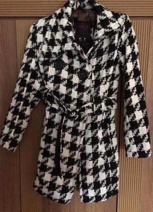 Стильное демисезонное пальто на девочку, yoki new york, размер м 9-10 лет