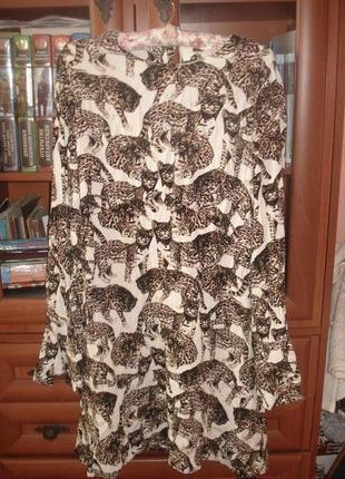 Платье в леопарды