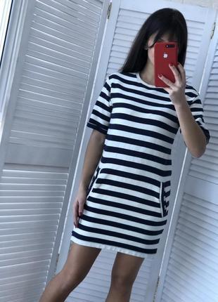 Шикарное платье размер s