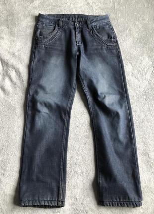 Темно-синие джинсы утепленные
