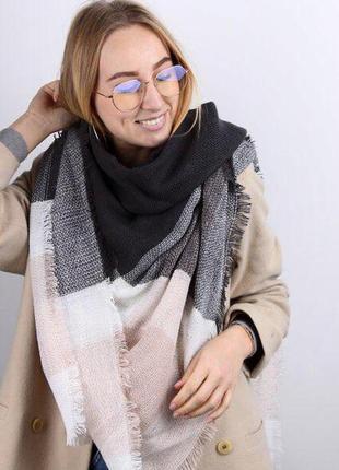 Теплый шарф плед платок в клетку нежно-розовый