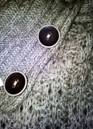 Брендовый свитер be loved вторая вещь скидка 50 %2 фото