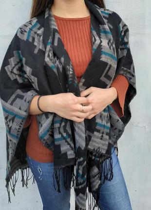 Пончо кофта кардиган тёплый чёрный геометрический принт