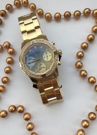 Женские наручные часы guess w0774l2/часы гесс w0774l2