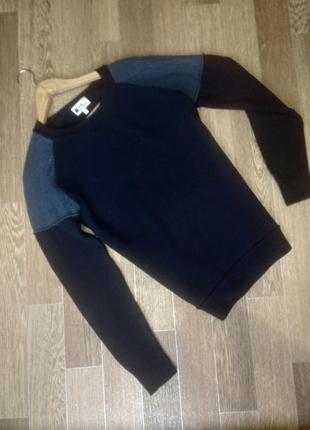 Теплый шерстяной свитерок