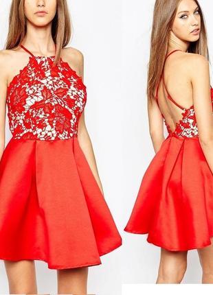 Красивое кружевное платье с пышной юбкой/открыта спина uk 16/48-50