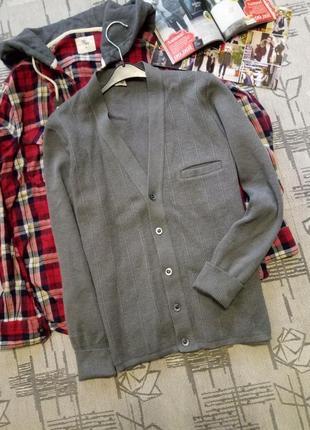 Стильная шерстяная мужская кофта на пуговицах,размер m-l