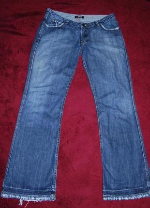 Очень крутые широкие джинсы с потертостями morgan