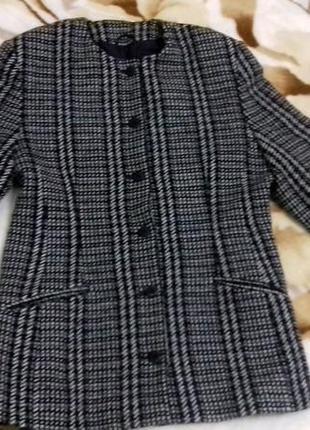 Пальто / блейзер / тренч / пиджак в клетку от st michael by marks & spencer