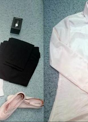 Нежно розовая рубашка