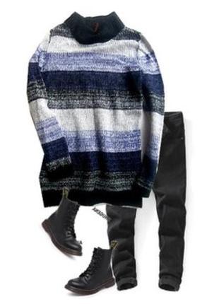 Теплый свитер 30% шерсть размер 40-44