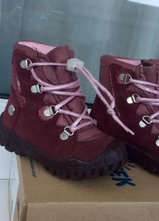 Зимние качественные термо ботиночки bartek