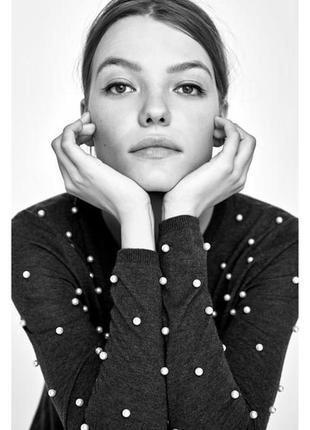 Очаровательный свитерок zara с жемчугом
