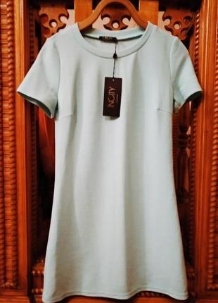 Стильное новое платье с биркой