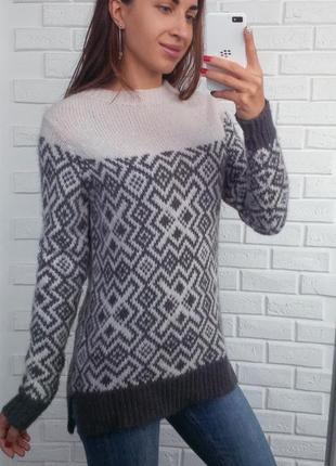 Зимний свитер с шерстью альпаки