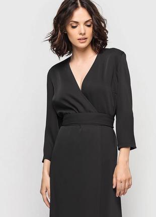 Стильное платье на запах большой размер