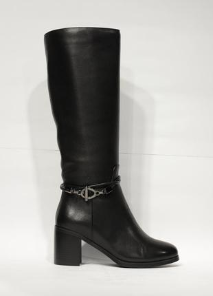 Женские сапоги и ботинки на низком каблуке (ходу), на плоской ... 007b646b99a