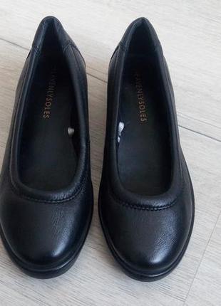 f2fc4aa2cd65 37 (24см) как новые! кожанные женские туфли на низком ходу, цена ...