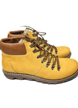 Качественные ботинки из натуральной кожи