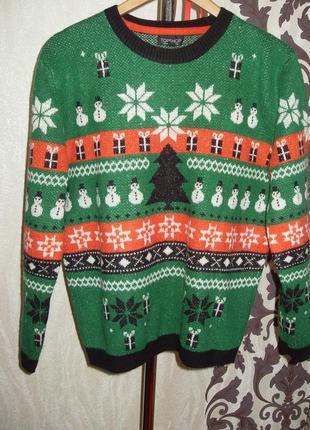 Теплющий свитерок в новогодней тематике