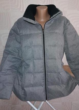 Класна пухова куртка weatherproof