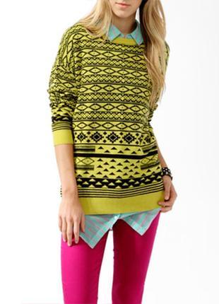 Тёплый свитер в орнамент