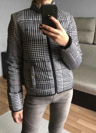 Новая куртка stradivarius
