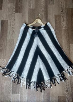 Шикарная вязанная мохеровая юбка в полоску с бахромой