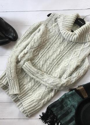 Трендовый вязаный свитер в косы с вырезами на плечах f&f