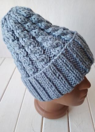 Зимняя вязаная полушерстяная шапка