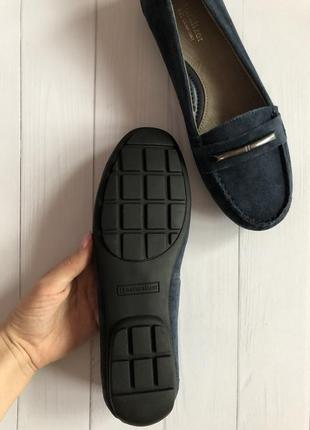 Полностью натуральные замшевые туфли4 фото