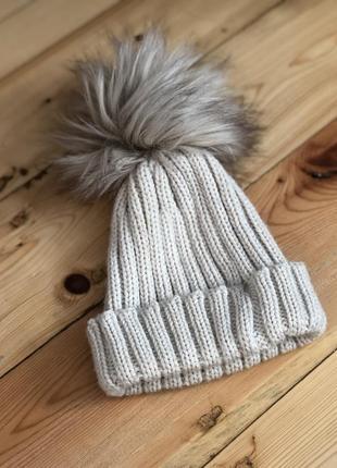 Стильна шапка для дівчинки 2-4роки