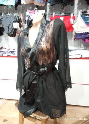 Сексуально кружевной халат с кружевом