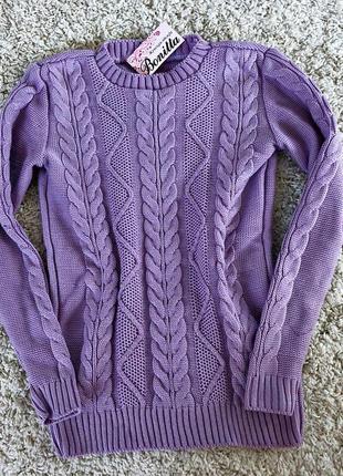 Стильный вязаный свитер под горло в цветах
