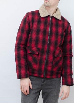 Крутая стильная  теплая куртка шерпа