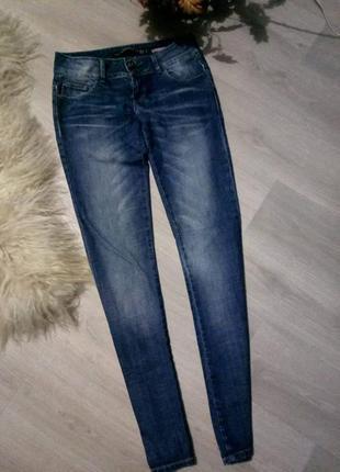 Брендовые джинсы скини от zara