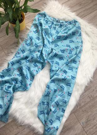 Крутавшие пижамные атласные штаны