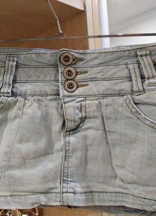 Фирменная джинсовая коротенькая  секси-юбочка с шортиками
