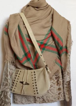 Натуральная замша , франция , трендовый цвет! очень классная сумка