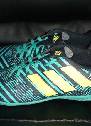 Adidas - футзалки. р- 38 (24см)