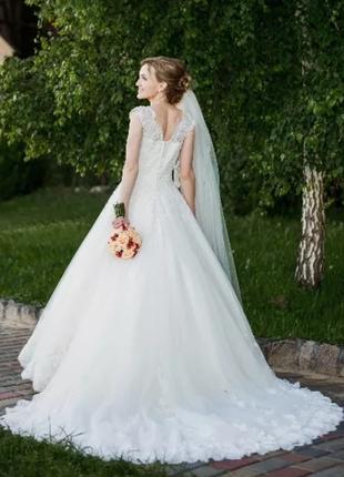 Свадебное платье+ подарунок (170см, 64см в талії)