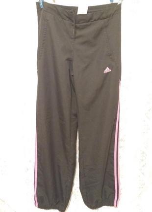 Спортивные штаны одежда для спорта